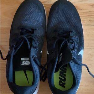 Nike  free arm shoes